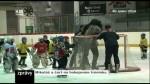 Mikuláš a čert na hokejovém tréninku